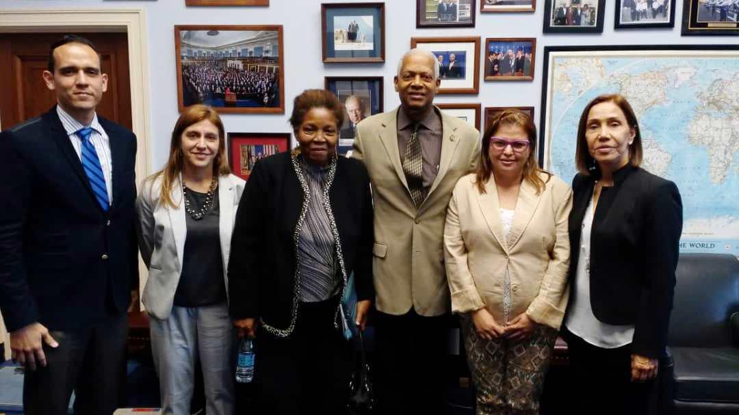 Organizaciones de DDHH abordan situación de Venezuela con congresistas de Estados Unidos